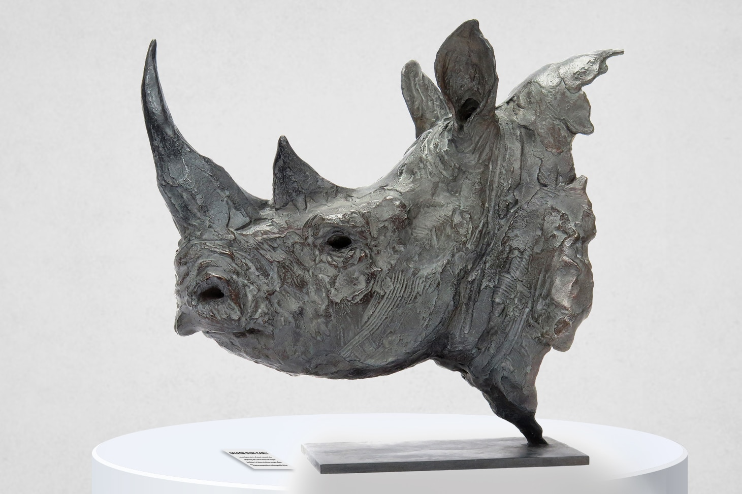 Rhino noir sculpture animalière Chabert